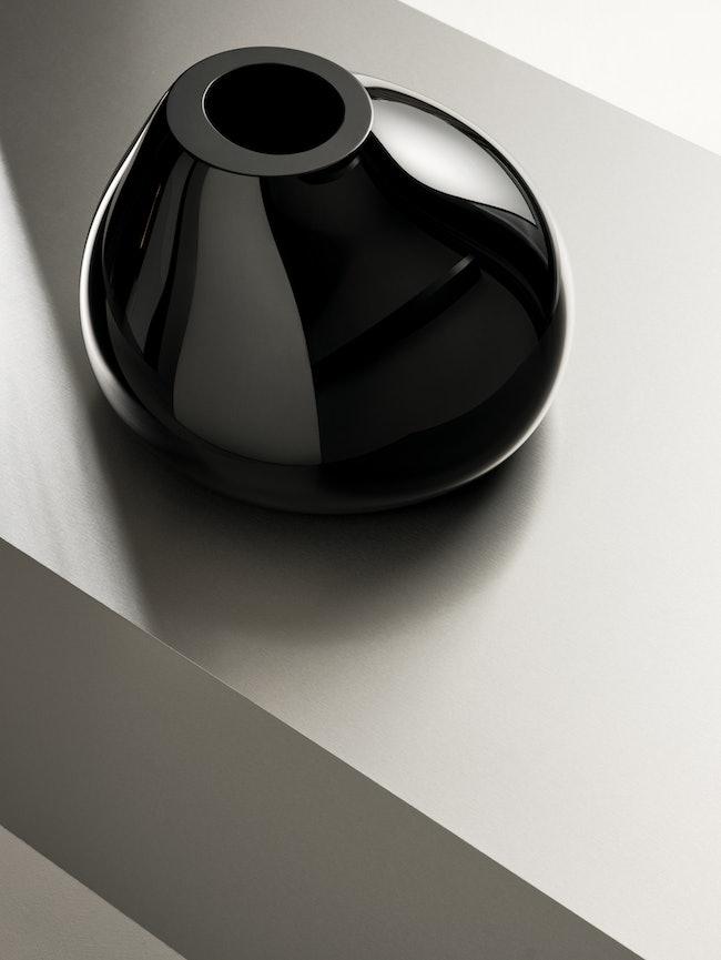 Ebon vas svart h 190 mm